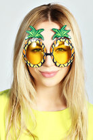 boohoo-lori-pineapple-novelty-sunglasses